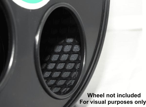 JR wodent wheel and NOM close up